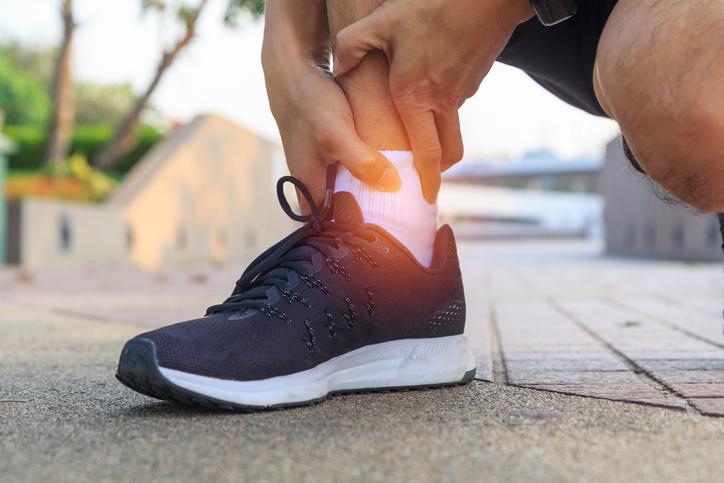 תיאור מקרה – כאבים בחלק האחורי של כף הרגל
